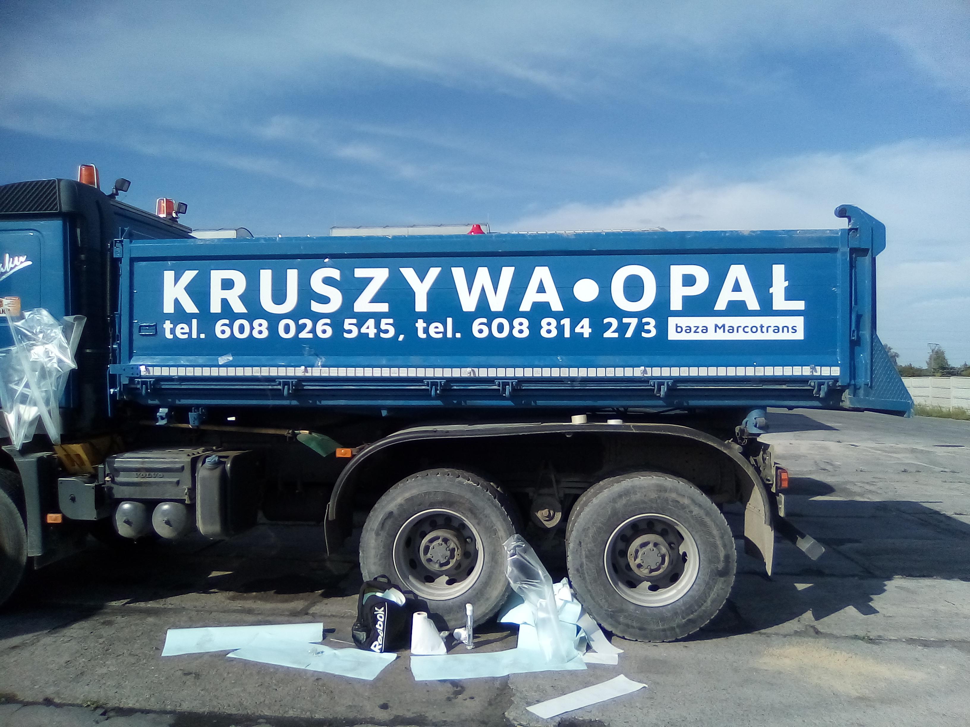 Oklejenie samochodu dla Transport Lewandowski